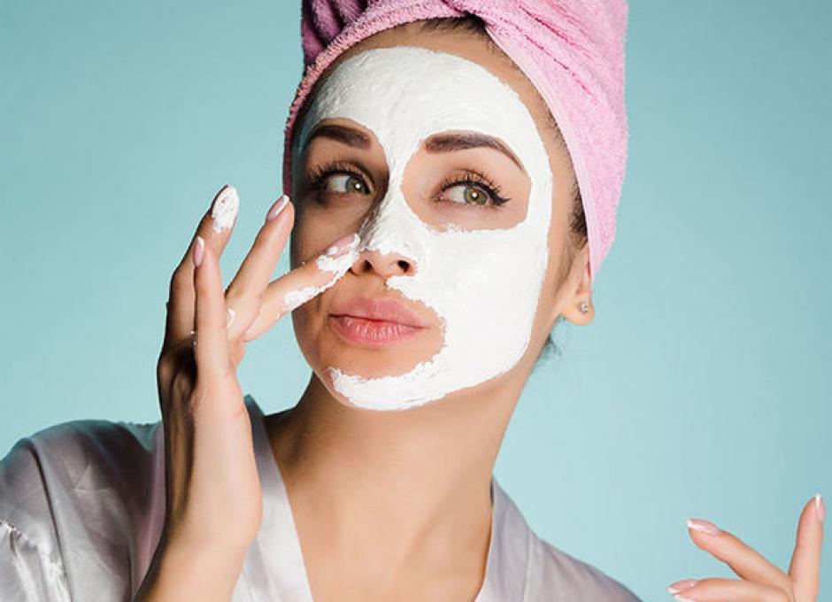 Как правильно ухаживать за кожей лица весной и летом